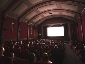 Как открыть кинотеатр