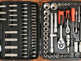 Производство наборов инструмента