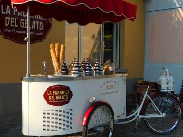 Тележка для торговли мороженым